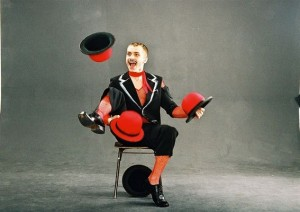 Обмен товара можно сравнить с жонглерством
