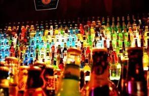 Много разного спиртного