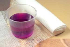 Фиолетовая вода на
