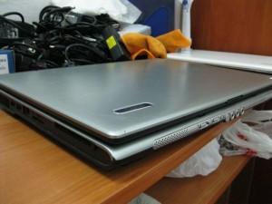 Царапина на ноутбуке