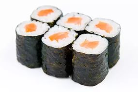 Вареный рис с рыбой в оболочке